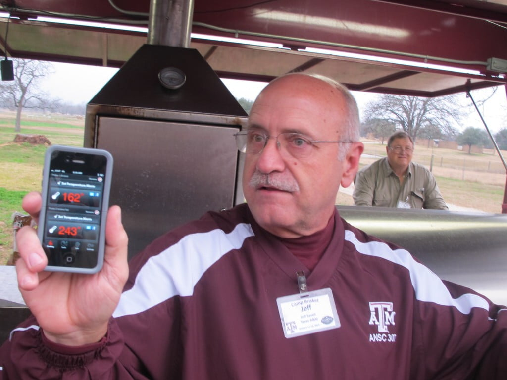 Dr. Jeff Savell demonstrates the iGrill app